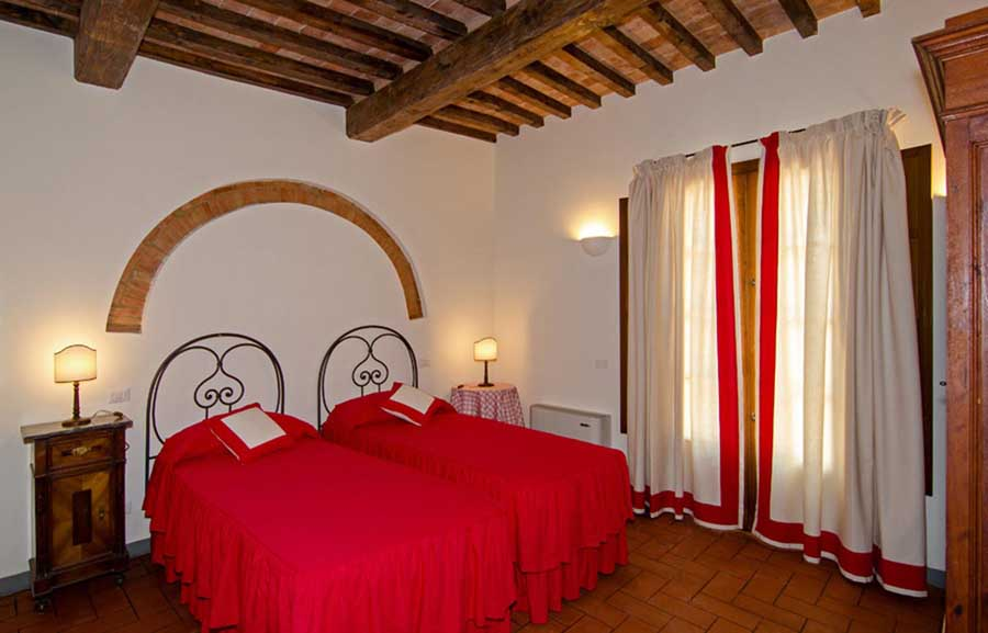 luxuryvillas-villas-privatepool-wineestate-familyholday-withchildren-children-groupsholiday-friendsholiday-tuscany-florence-pisa-near-sea.jpg