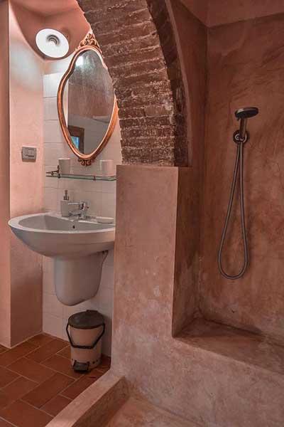 bagno-appartamento-piccolo.jpg