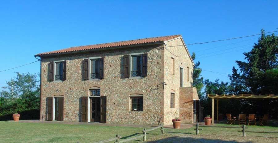tuscanywithchldren.jpg