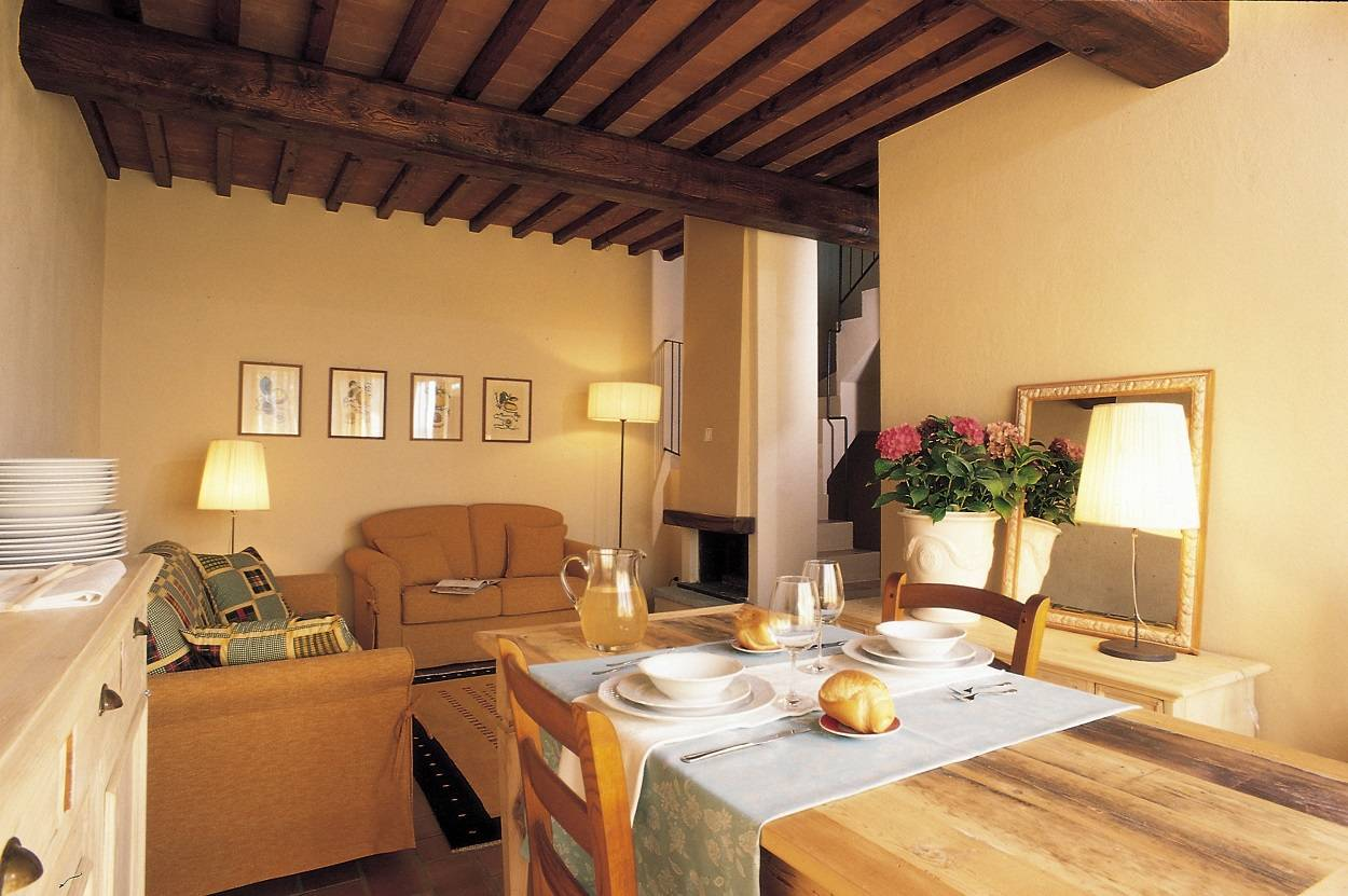 duble-room-available-restaurant-for-lunch-dinner-typical-tuscan-food.jpg