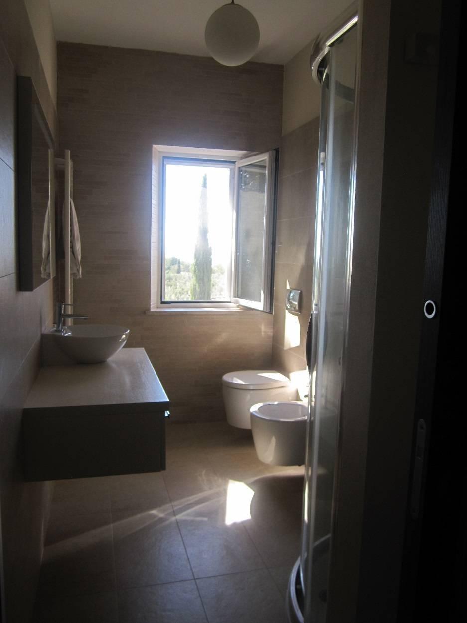 main-bathroom.jpg