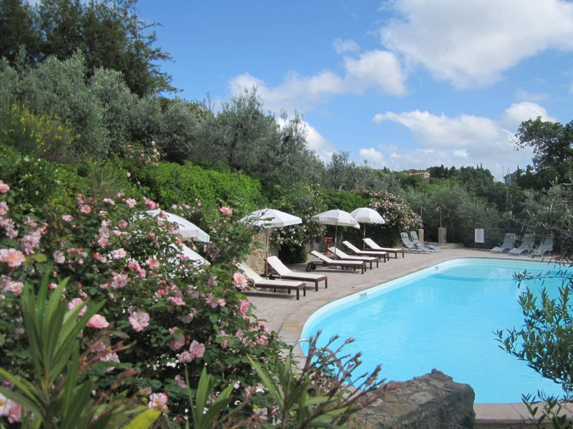 summer-holiday-in-tuscany-charming-home-apartments.jpg