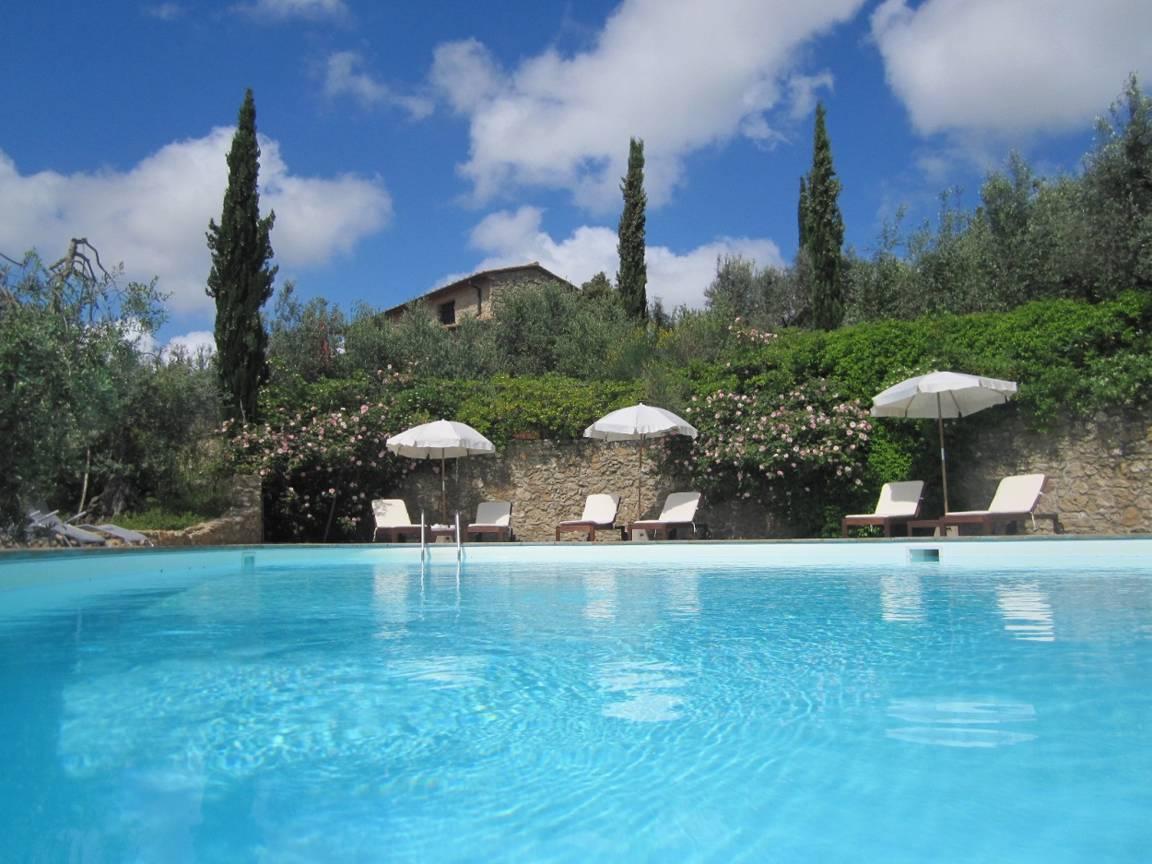 urlaub-fuer-familien-in-der-toscana-mit-pool-.jpg