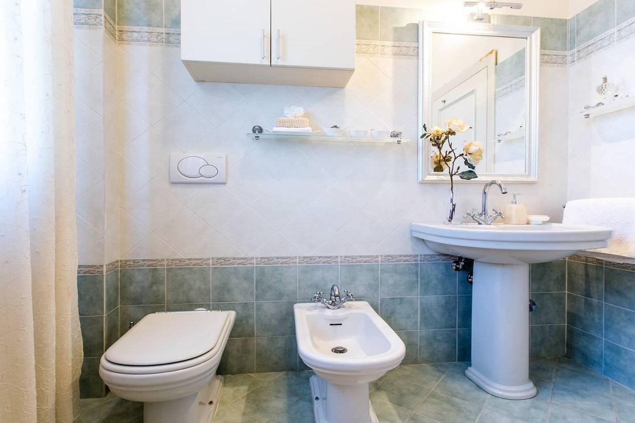 bathroom-villinotosca.jpg