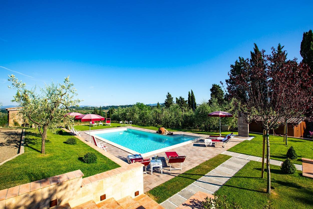 tuscany-for-your-summer-holiday.jpg