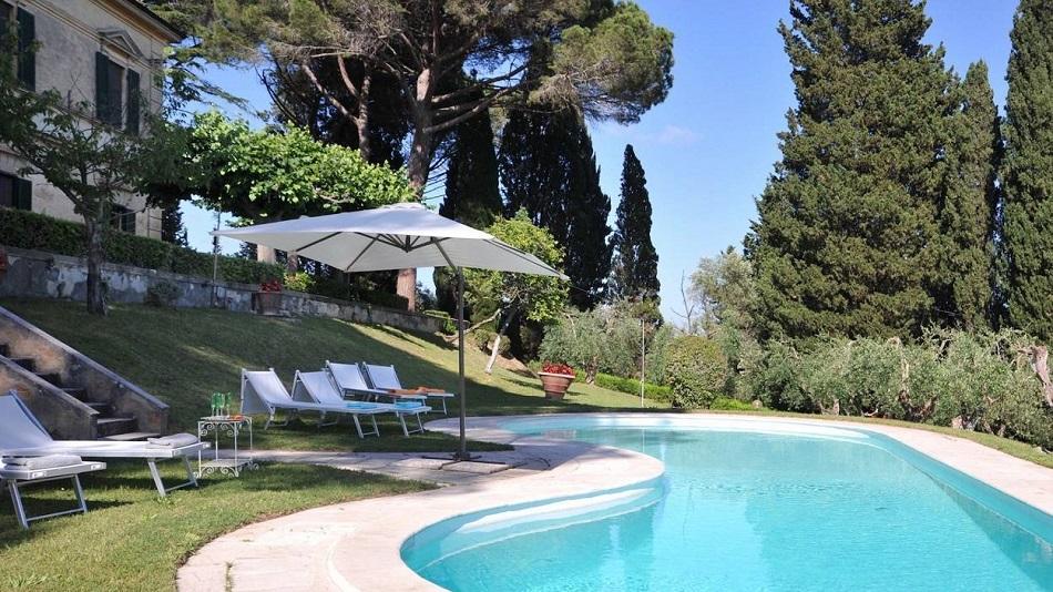 privat-pool-garden-antique-villa-unique-experience.jpg
