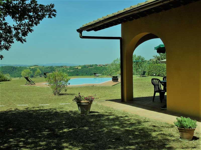 tuscany-private-pool-silence.jpg