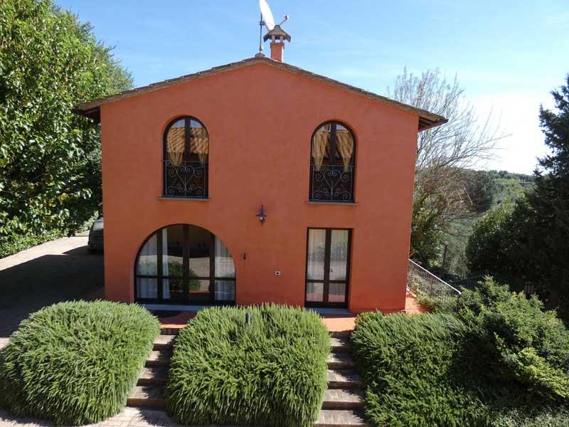 tuscany-montaione-san-gimignano-volterra.jpg