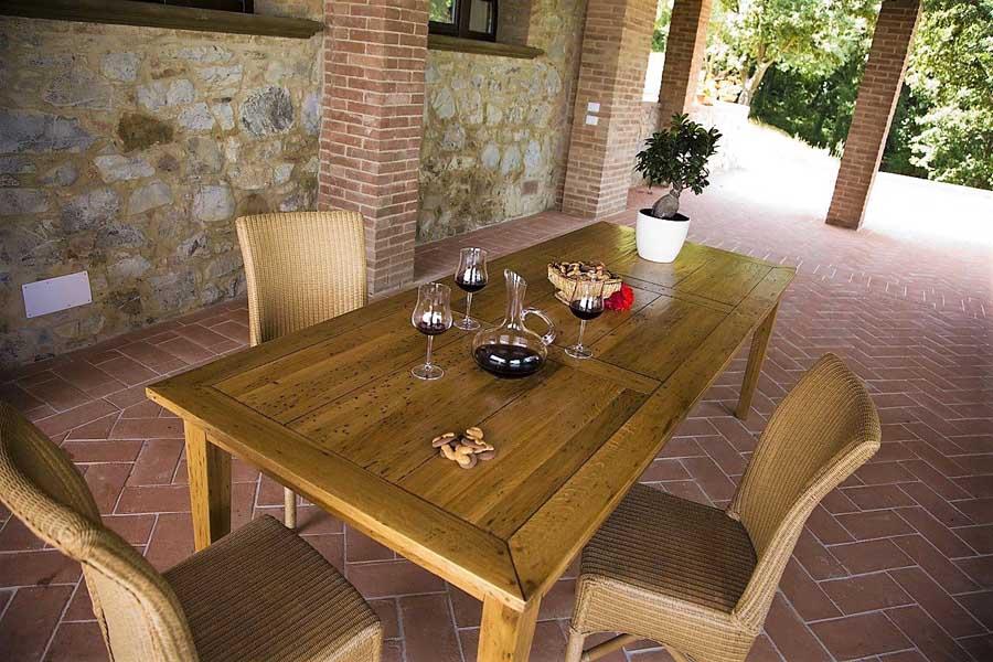 tuscany-near-characteristic-village.jpg